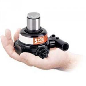2259220A - Mini-cric à pompe incorporée 5t, haut. mini 63,5 mm, course 19 mm