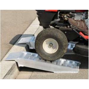 AOST & AVST - Rampes de chargement en aluminium pour trottoirs - Capacité 1000 kg à 3000 kg par paire - Longueur 0,5 m à 0,8 m