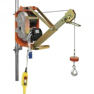 Élévateur de chantier DM 300/AP avec potence orientable - Capacité 300 kg, Hauteur de levage 25 m, Vitesse de levage 21 m/min