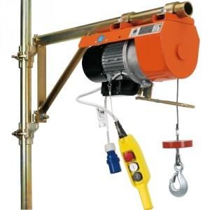 Elévateur de chantier DM 200 pour potence - Capacité 200 kg, Hauteur de levage 18 m, Vitesse de levage 21 m/min