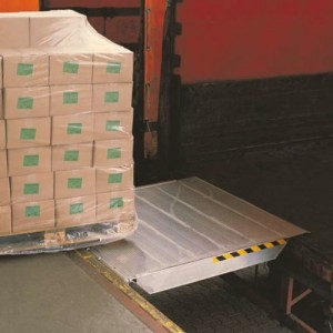 FBAV & FBAV-SL - Pont de liaison en aluminium articulé COULISSANT dans un rail - Capacité 4500 kg
