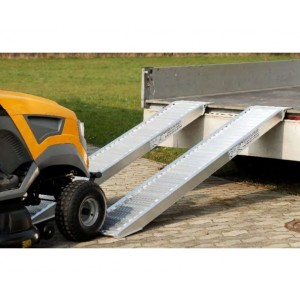 AVS 80 - Rampes de chargement en aluminium pour pneumatiques & chenilles caoutchouc - Capacité 750 kg à 2630 kg par paire - Longueurs 1,62 m à 3,96 m