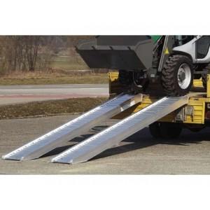 AVS 110 - Rampes de chargement en aluminium pour pneumatiques & chenilles caoutchouc - Capacité 1090 kg à 4050 kg par paire - Longueurs 1,61 m à 4,67 m