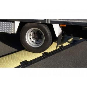 DS 140 - Passages de câbles ou de tuyaux en polyuréthane - Capacité 6000 kg - Passage de câbles 2 canaux Ø 120 mm (câbles) ou Ø 100 mm (tuyaux)