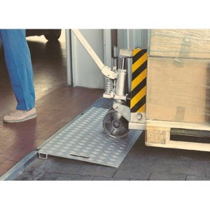 Passages de seuil en aluminium - Capacité 300 kg et 3000 kg - Longueurs 0,50 m à 0,80 m
